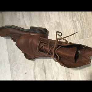 Genesis ankle lace boots-6.5